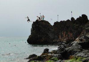 Cliff Jumper at Black Rock on Kaanapali Beach