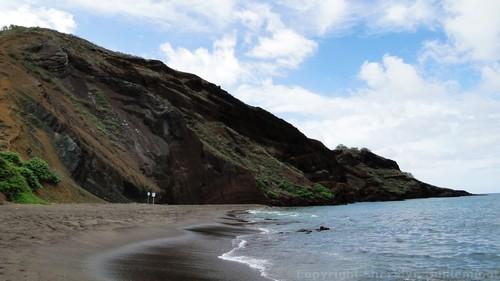 Oneuli Black Sand Beach, Maui