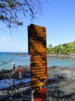 Sign for Ahihi Cove