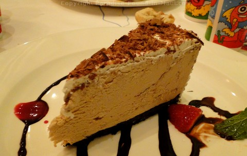 Picture of the Kauai Pie at the Lahaina Grill, one of the best restaurants in Maui.