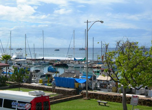 Picture of Lahaina Harbor, Maui, Hawaii.