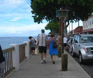 Picture of Couple Walking on Front Street in Lahaina, Maui