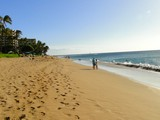 Picture of Kaanapali Beach in Maui, Hawaii.