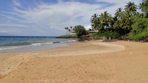 Picture of Poolenalena Beach, Maui