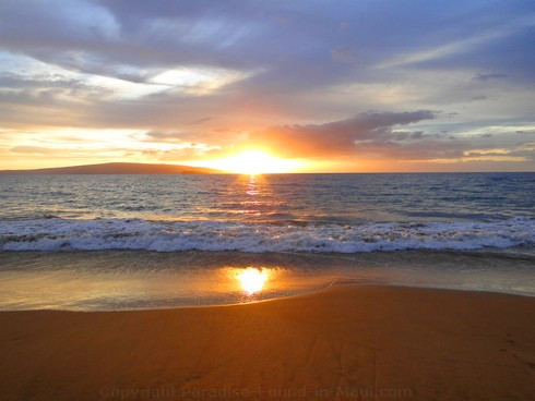 Picture of a Maui sunset.