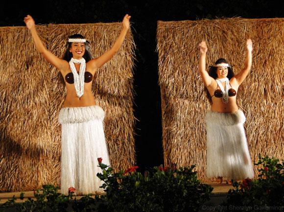 Hula dancers at Maui's Sheraton Luau