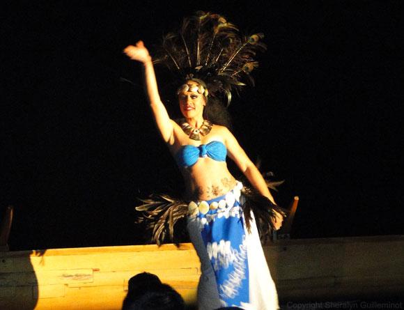 Solo hula at Royal Lahaina Luau
