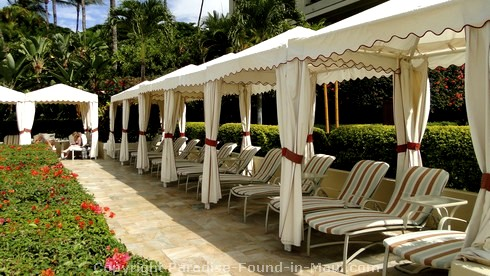 Picture of the loungers at the Four Seasons in Wailea