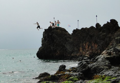 Cliff Jumper at Black Rock on Kaanapali Beach