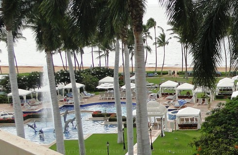 Picture of the Hibiscus Pool at the Grand Wailea Resort.