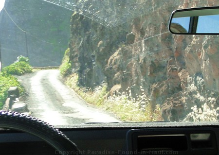 Picture of narrow roads, making for scary driving!