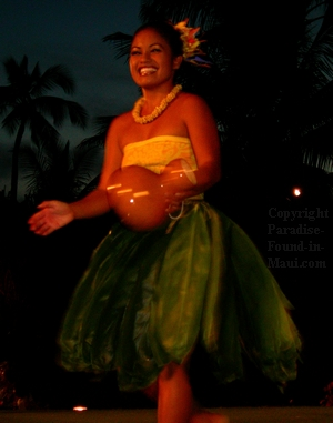 Maui Luau Hula Dancer
