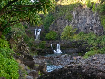 picture of Hana waterfalls at Oheo Gulch (Seven Sacred Pools)