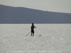 Picture of stand-up paddleboarder in Maui, Hawaii.