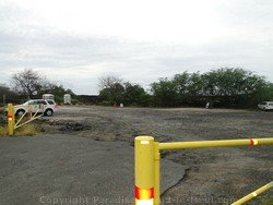 Picture of the parking lot for The Dumps at the Ahihi Kinau Natural Area Reserve, Maui, Hawaii.