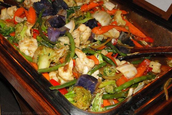 Stir-fry at the Hyatt Luau buffet