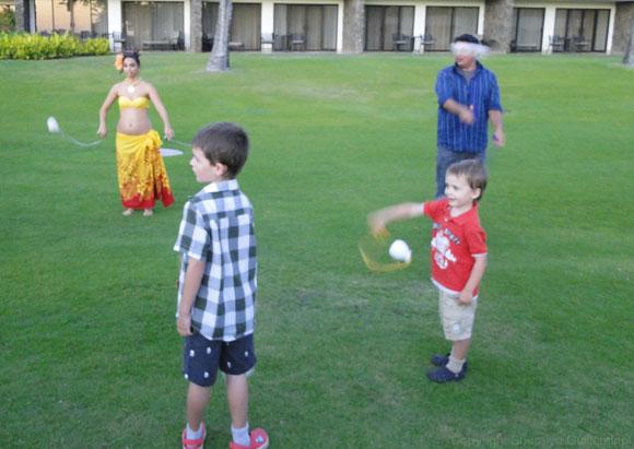 Poi Ball Lesson at Sheraton Luau in Maui