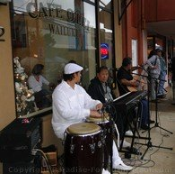 Picture of musicians at Wailuku First Friday, Maui, Hawaii.