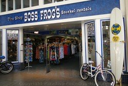 Picture of shopping in Maui at Boss Frogs at the Lahaina Cannery Mall.