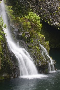 Picture of waterfall near Hana, Maui.